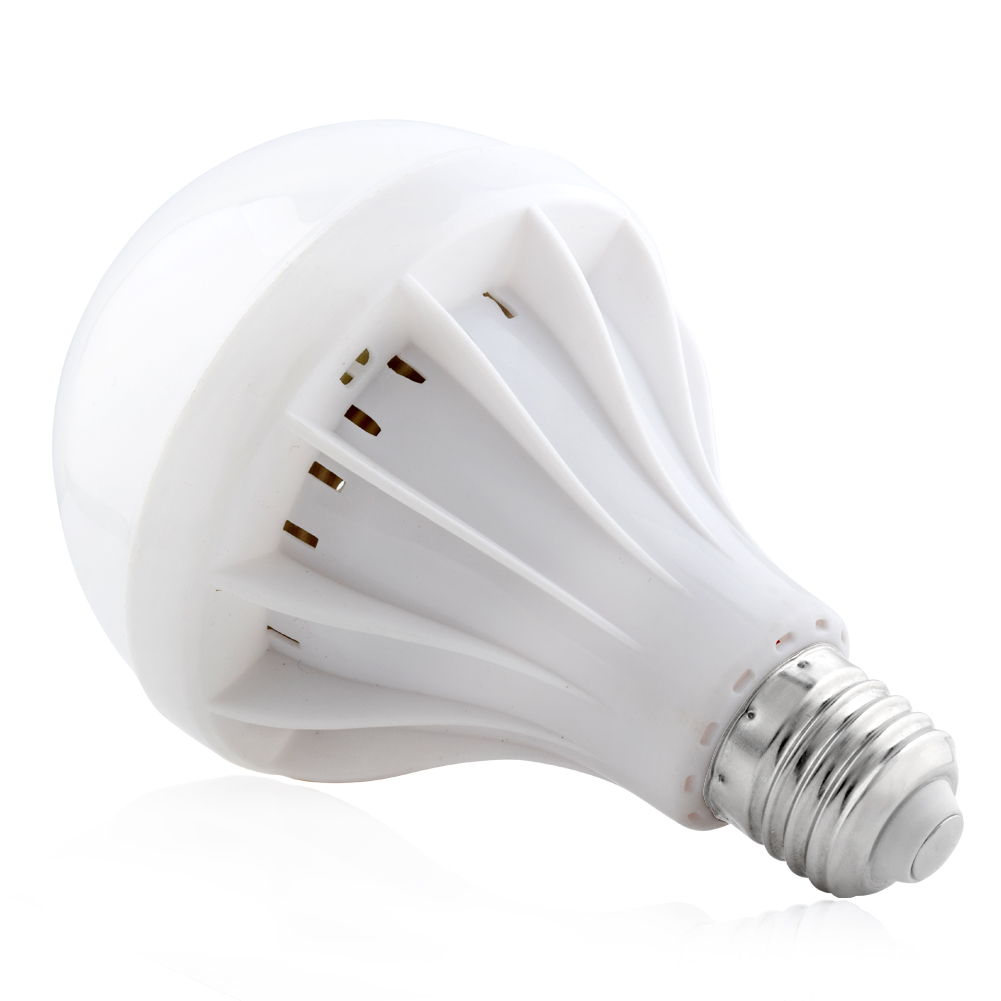 ampoule lampe led e27 e14 lumi re blanc chaud froid. Black Bedroom Furniture Sets. Home Design Ideas