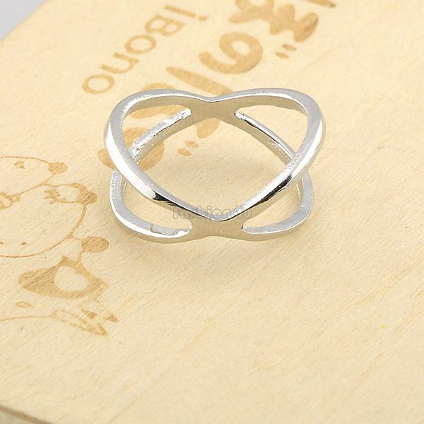 stereoscopic hollow ladies women's fashion criss cross design fashion band ring